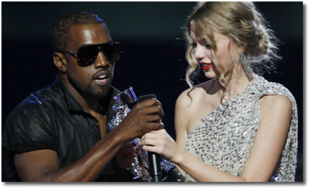 Kanye snatches away the mic from Taylor 2009 VMAs